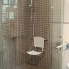 Barrierefreie Dusche mit Klappstuhl